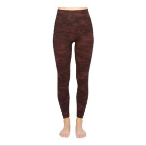 Spanx Look At Me Now Red Camo Leggings Tights